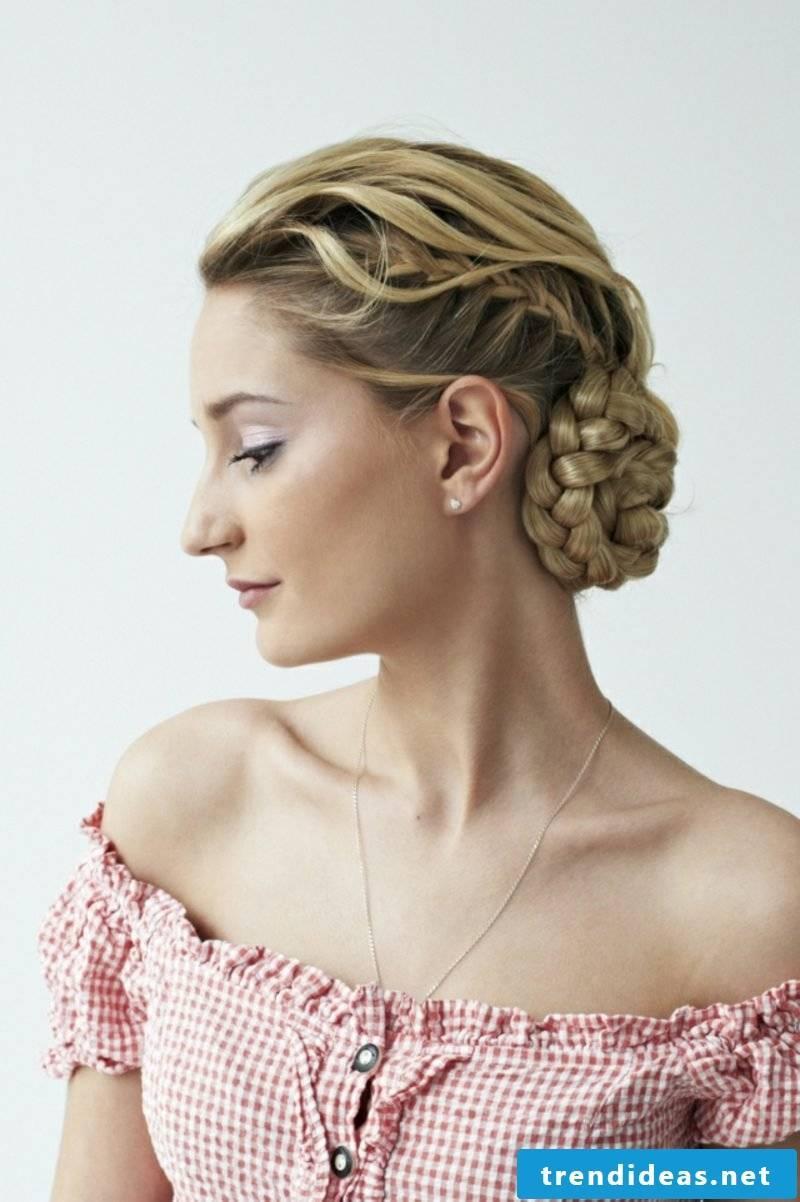 Dirndl braided hairstyles