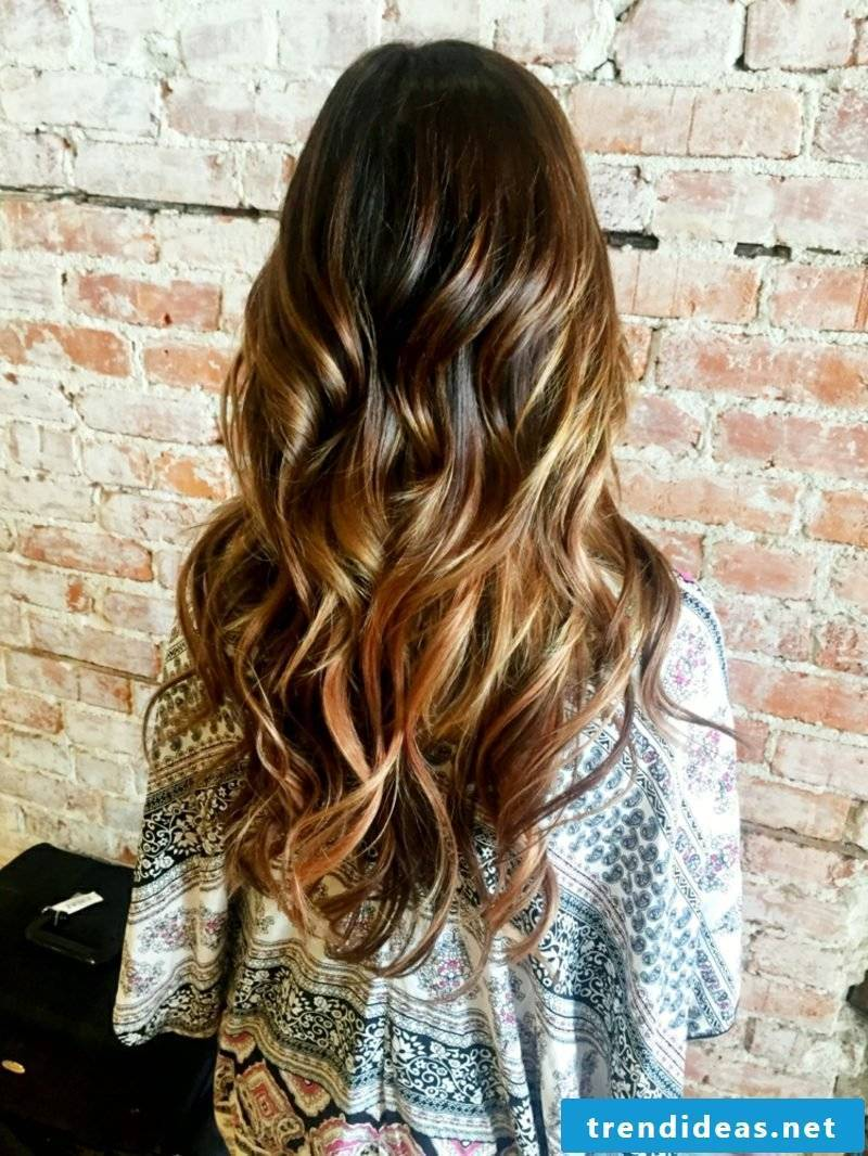 Sombre hair dyeing modern look
