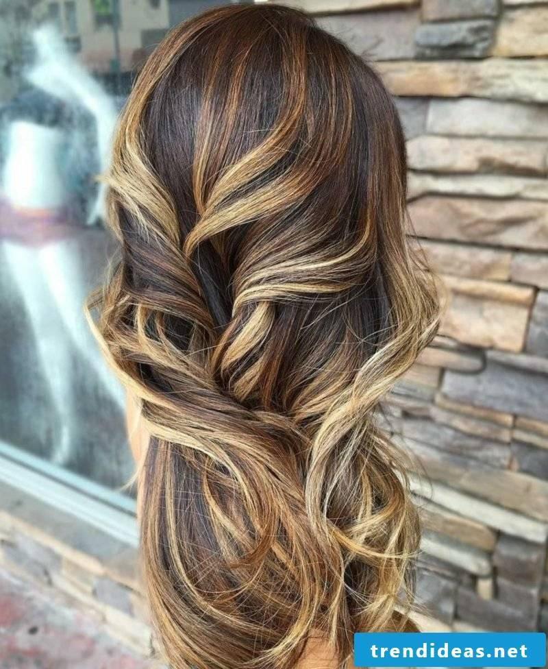 Balayage long hair modern look