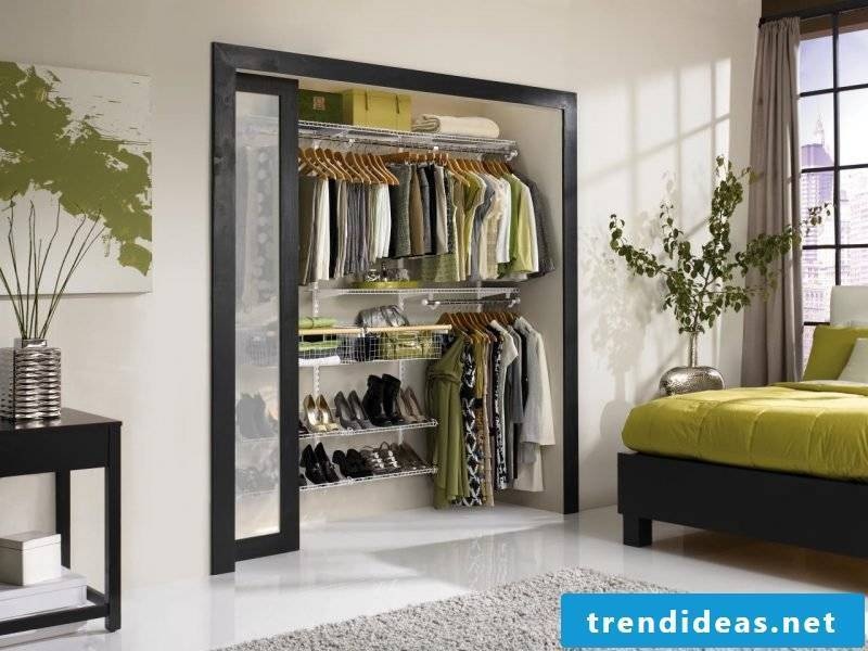 Build the perfect walk-in wardrobe yourself Window sliding door bedroom clothes