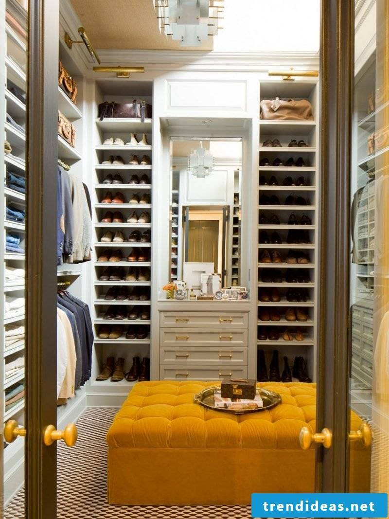 walk-in wardrobe stool yellow mirror