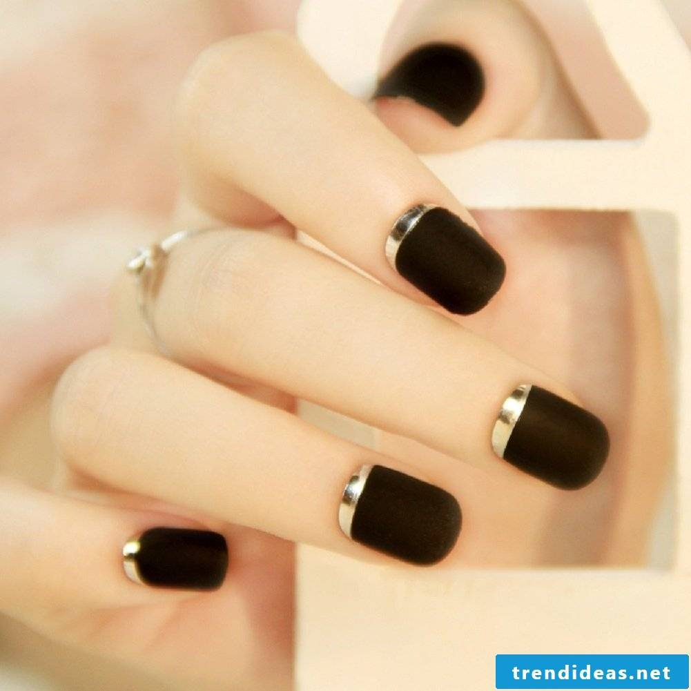 Interesting nail art design -black matte and silver