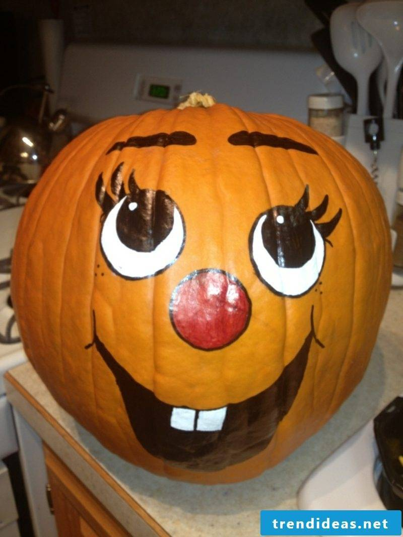 Paint pumpkin