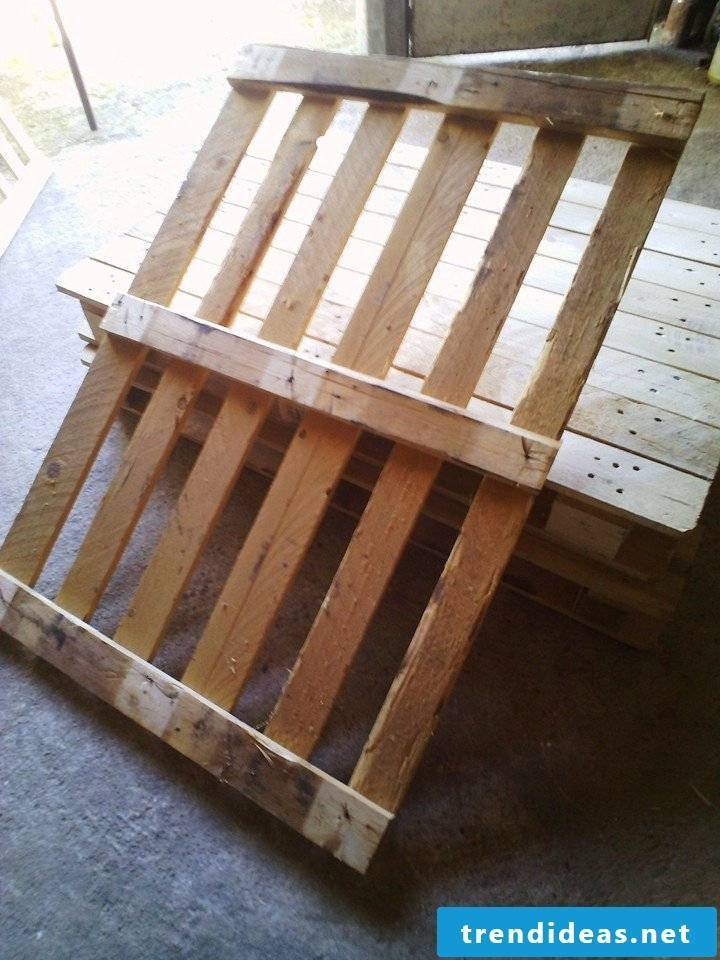 pallet furniture bench made of pallets build your own step 2