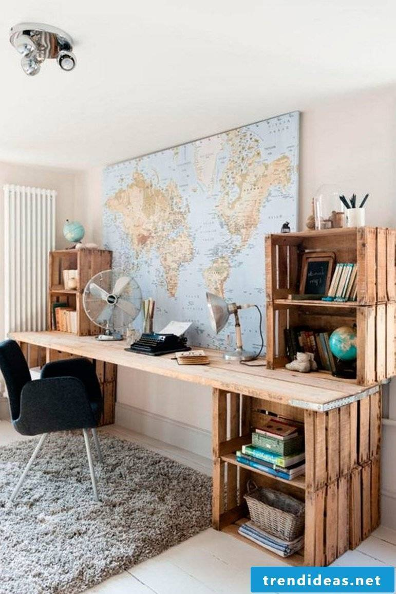 Table made of pallets Office furniture made of pallets Pallet furniture build yourself