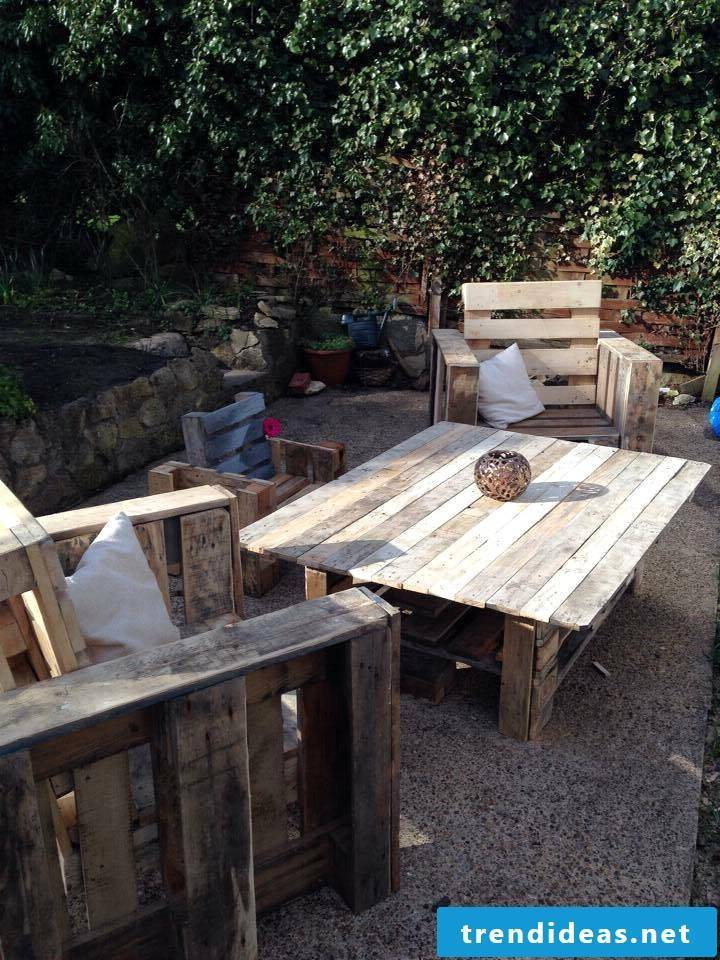 pallet furniture yourself build table from pallets garden furniture from pallets