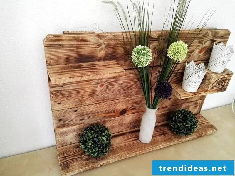 Pallet furniture build your own shelf from pallets flowers shelf display