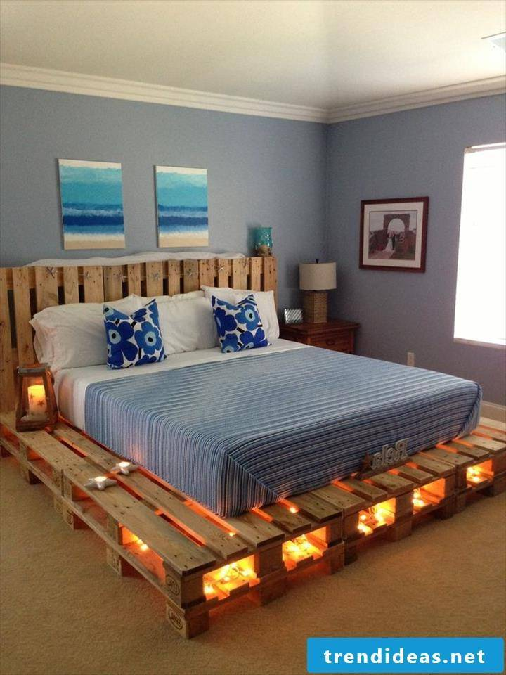pallet furniture itself build bed from pallets