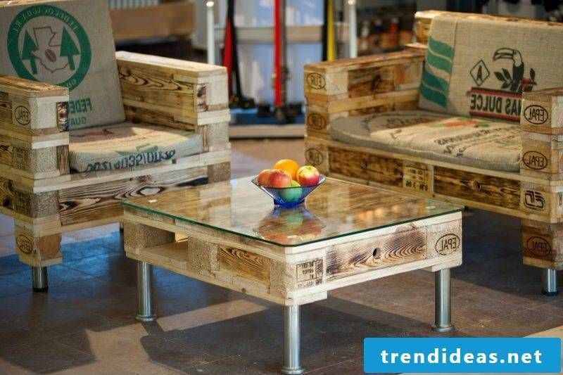 coffee table from palette pallet furniture