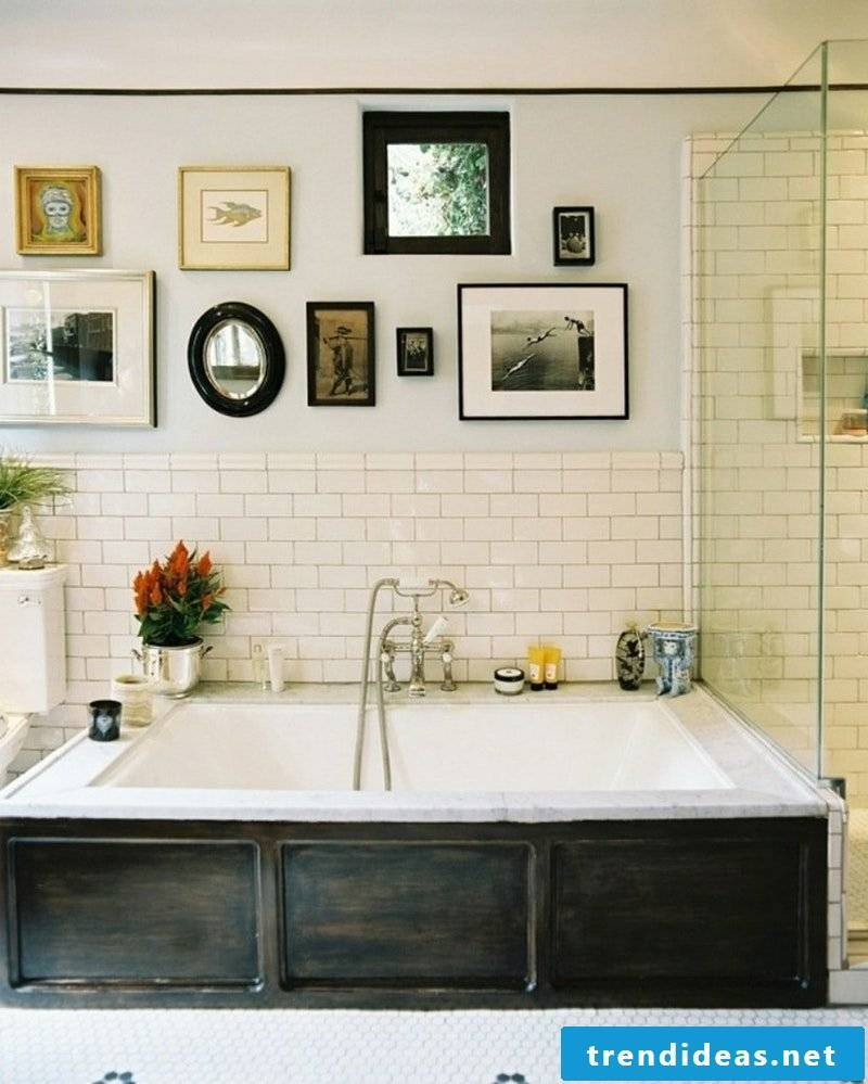 picture frame hang bathroom wall deco