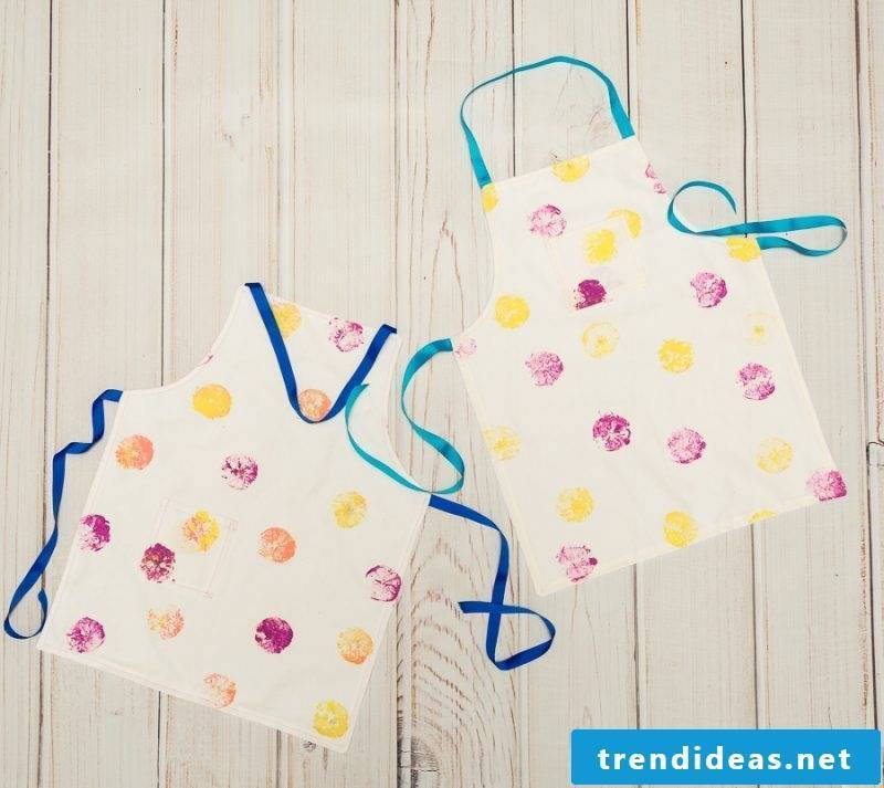 Sew children's apron: pattern and DIY instructions