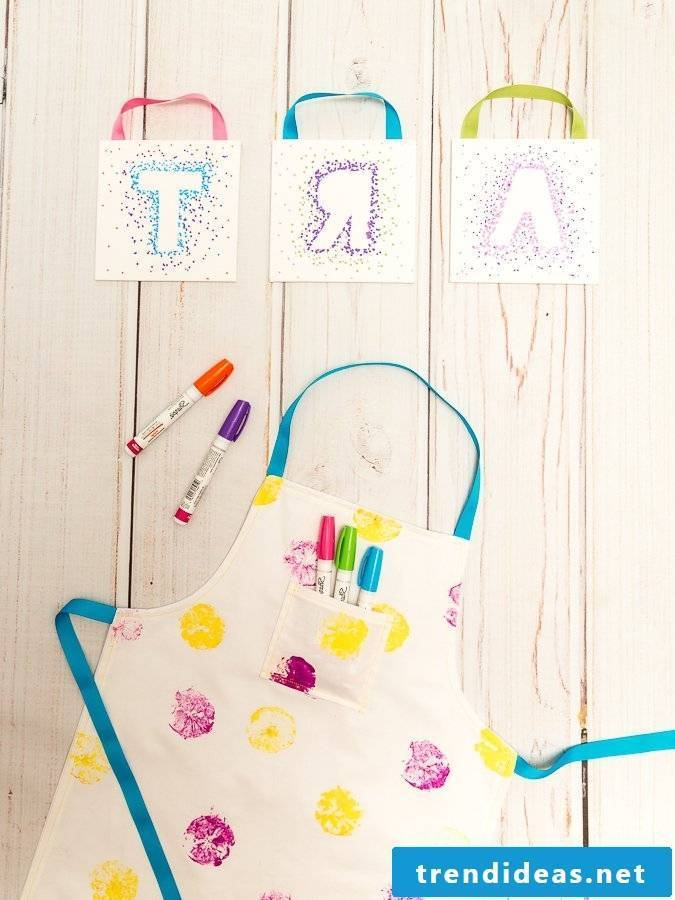 Sew children's apron: pattern and instructions