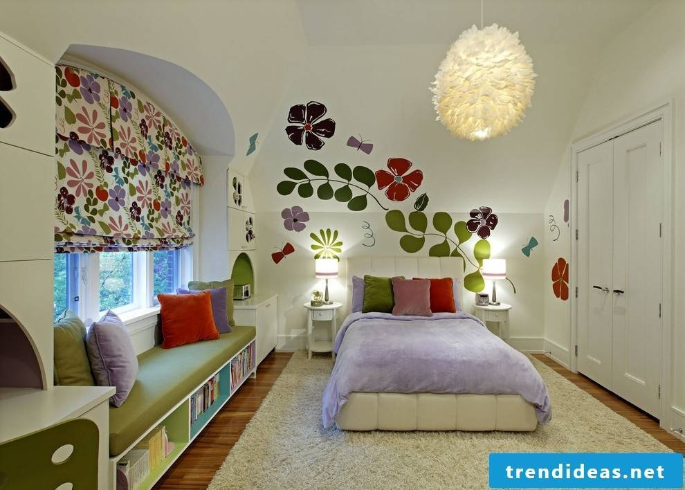 Colors bring mood in the youth and children's room