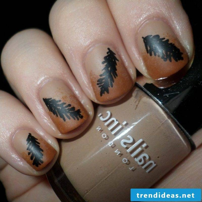 Nail Pattern Ideas and Inspirations Autumn Leaves
