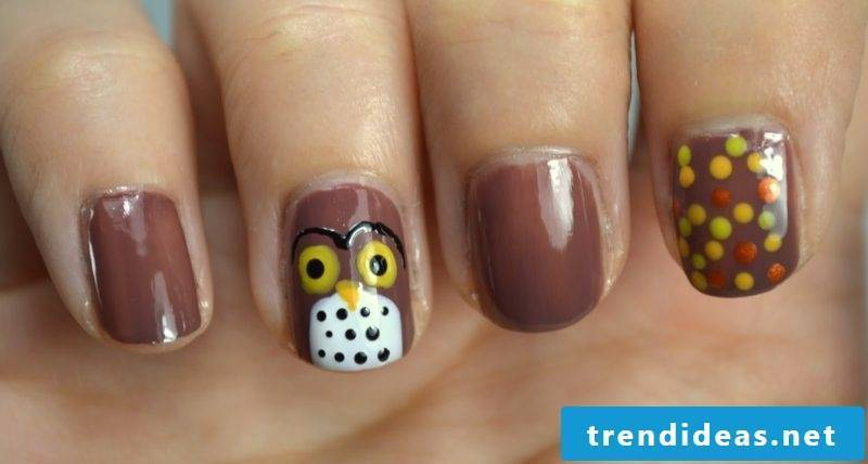 interesting nail design autumn original motifs owl