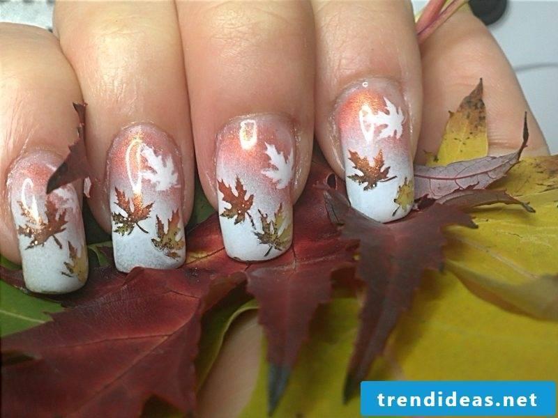 Autumn leaves interesting nail design