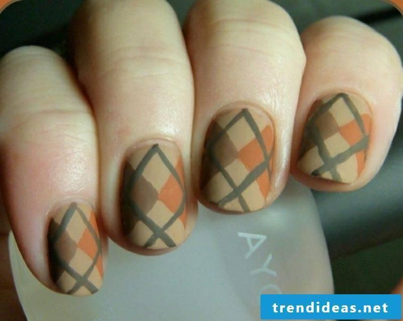 Nail pattern geometric motifs creative ideas autumn