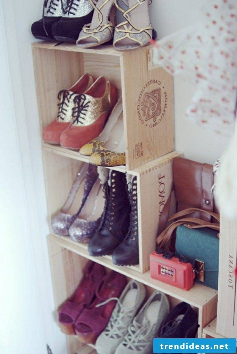 Shoe rack self-built wine boxes