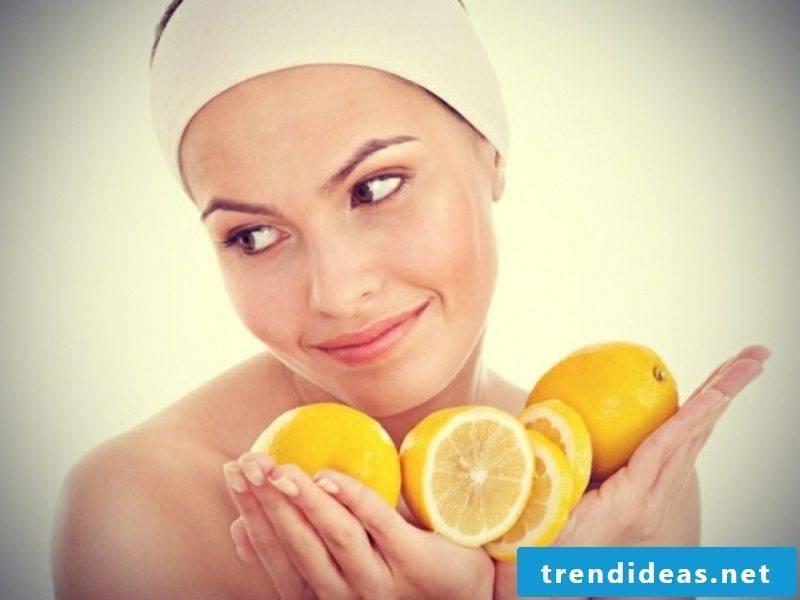 Quark mask against wrinkles with lemon combination skin