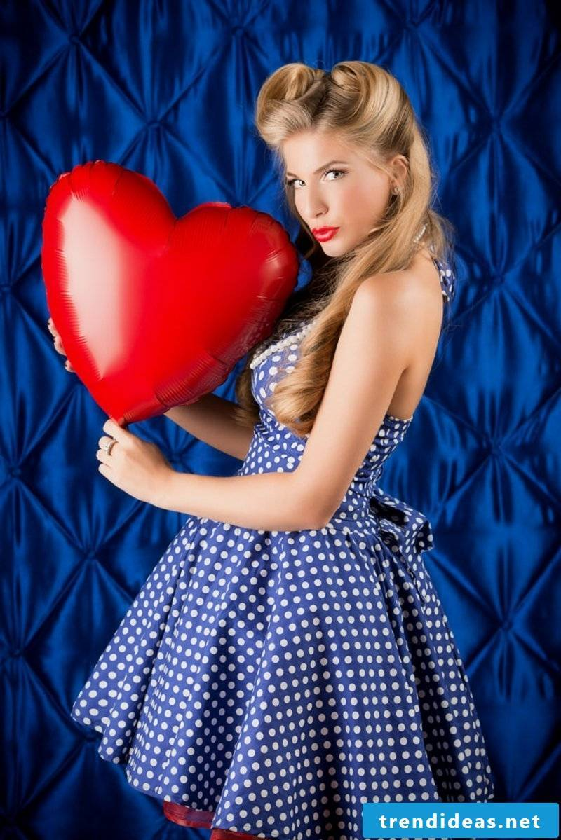 rockabilly-hairstyles-NONE BUT THE LONELY HEART
