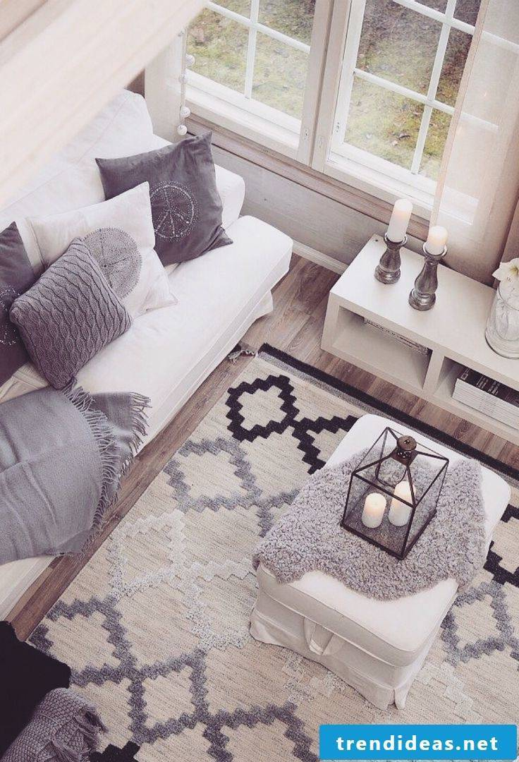 Geometric shapes in the scandinavian institution
