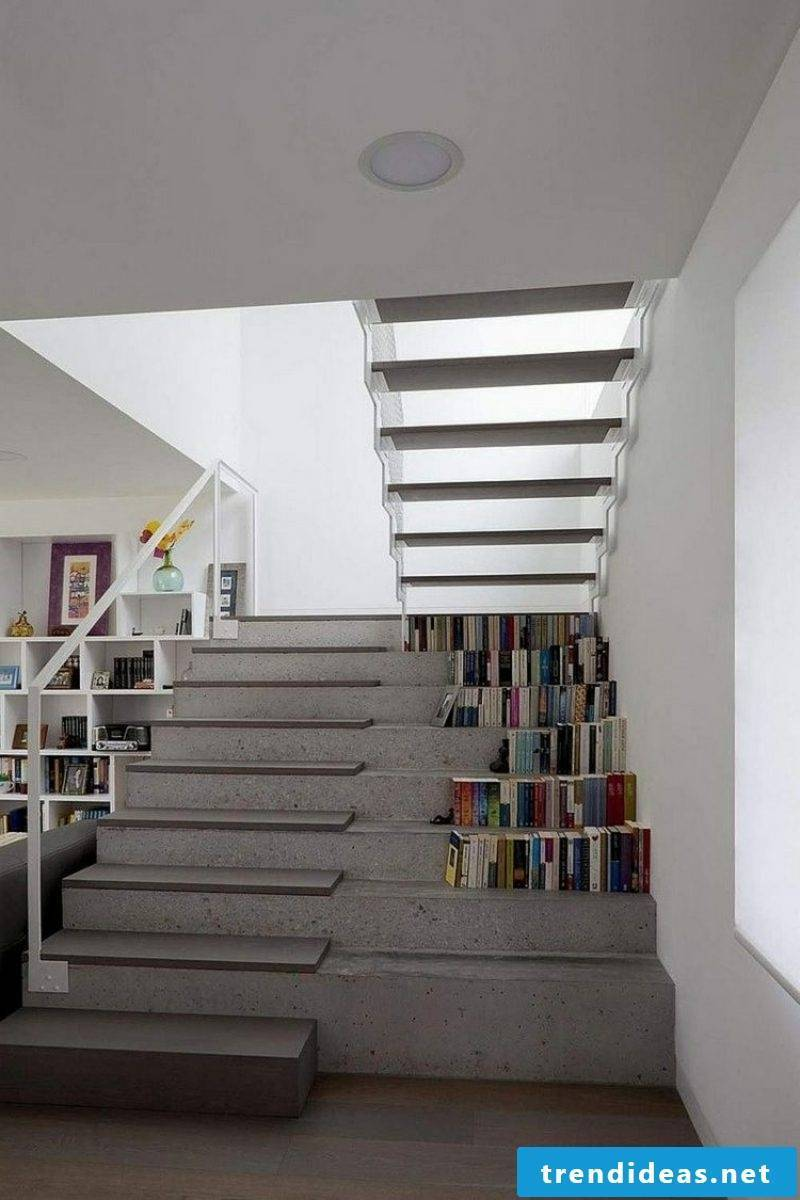 free-hanging concrete stairs