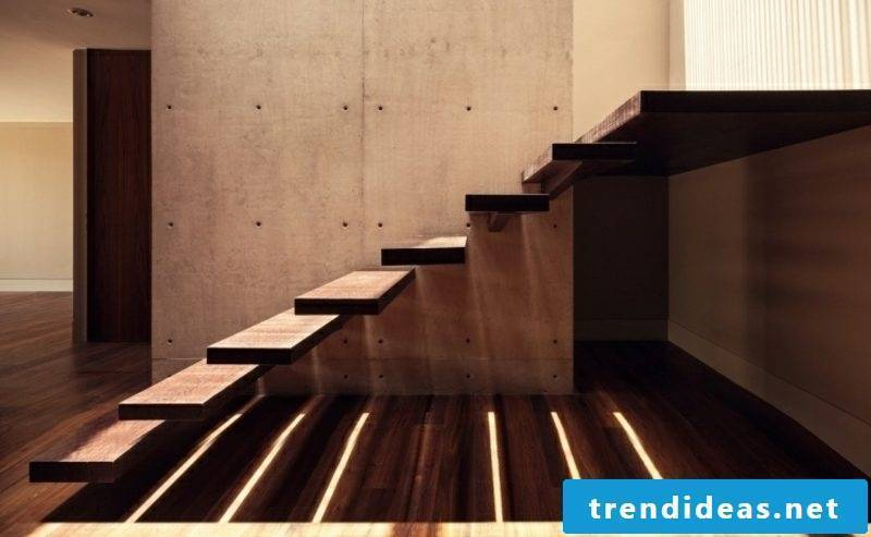 Wooden staircase cantilevered construction