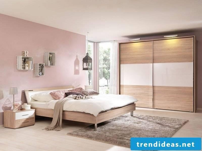Feng Shui bedroom in pink