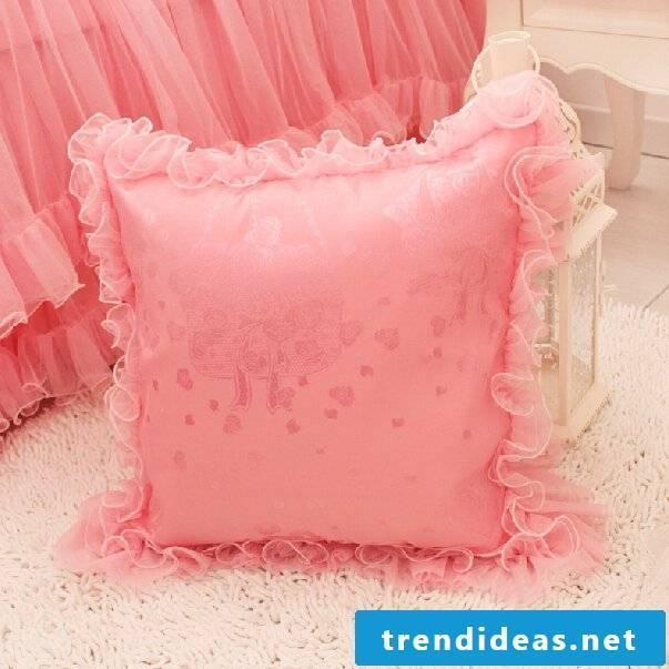 Creative ideas for DIY pillowcase!