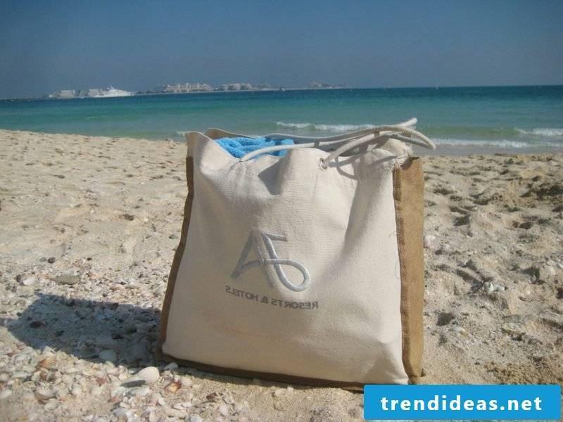 Beach bag sew big model in the light beige