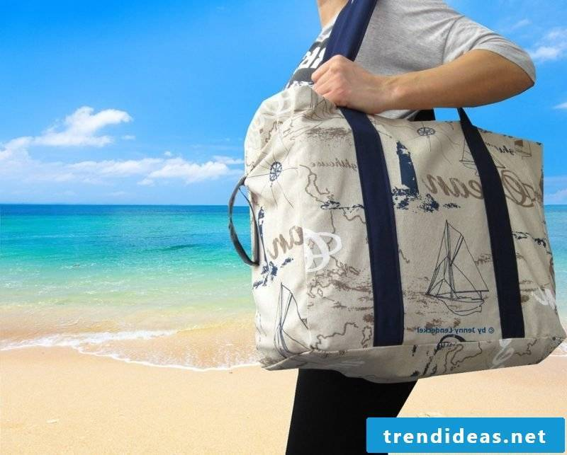 Beach bag sew big model gorgeous look