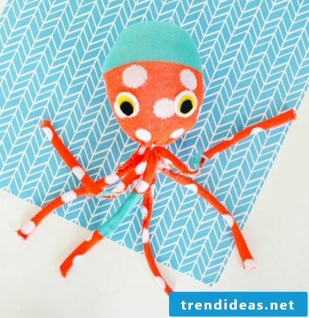 Make Octopus cuddly toy yourself
