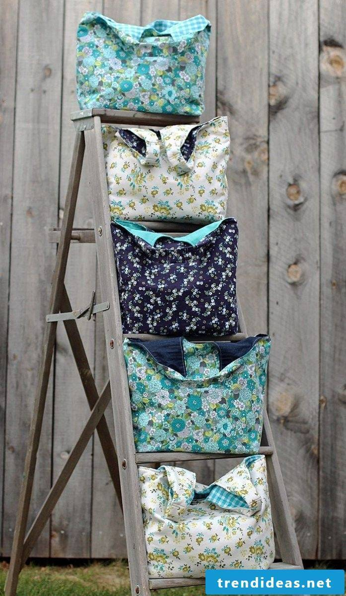 Nice cloth bags in different colors