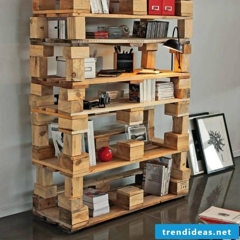 build a shelf of europallets