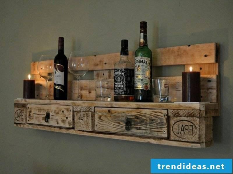 DIY shelf made of europallets