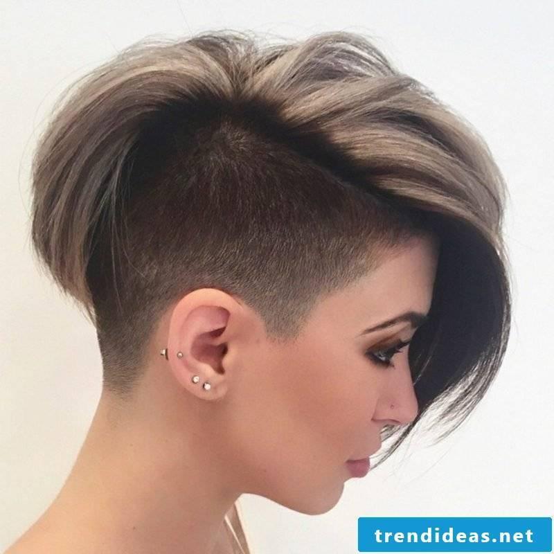 Short hairstyles women 2017 extravagant sidecut
