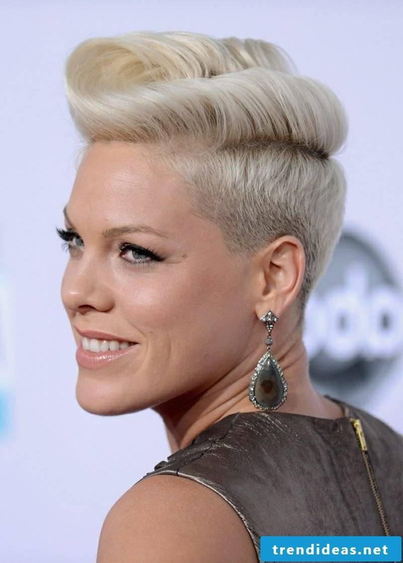 Short hairstyles women 2017 current trends