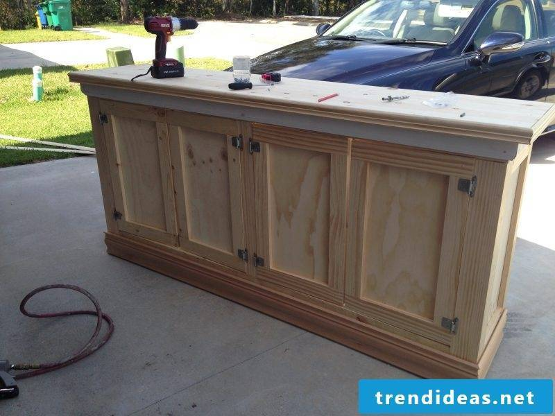 Sideboard build yourself: Instructions step 6