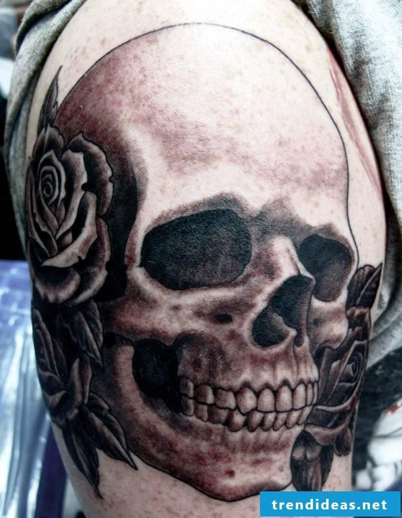 Skull tattoo shoulder
