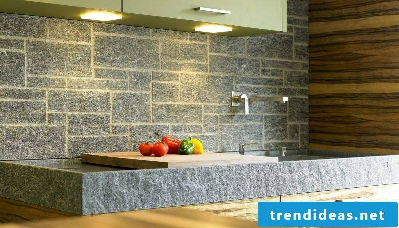 Splash guard for kitchen of stones on the sink