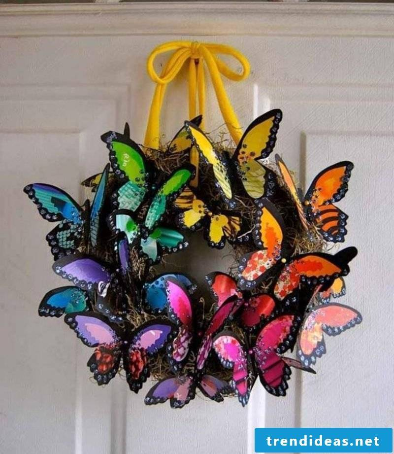 Spring tinkering wreath butterflies creative ideas
