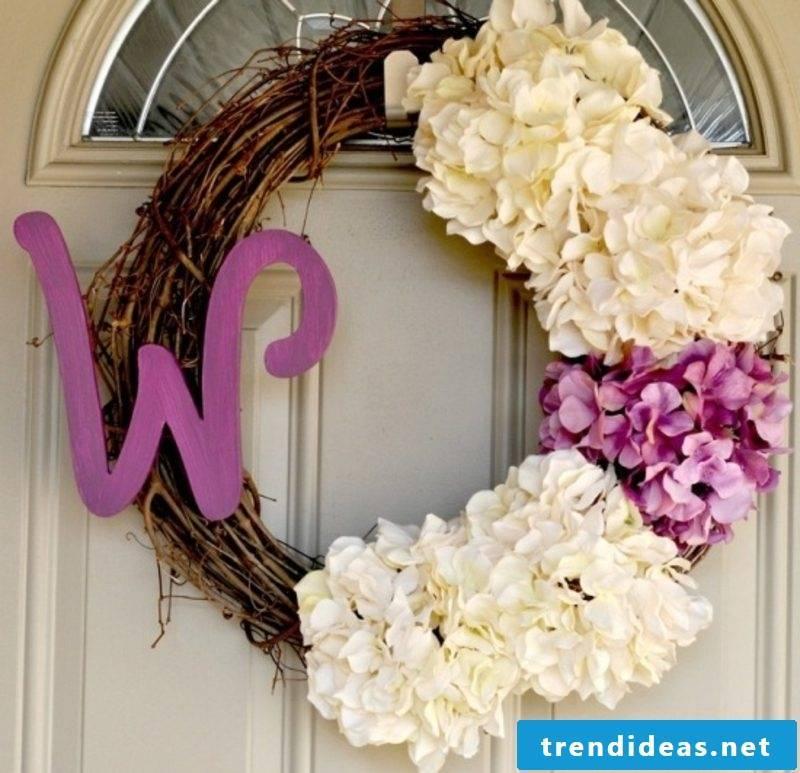 Spring tinkering original door wreath with fresh flowers
