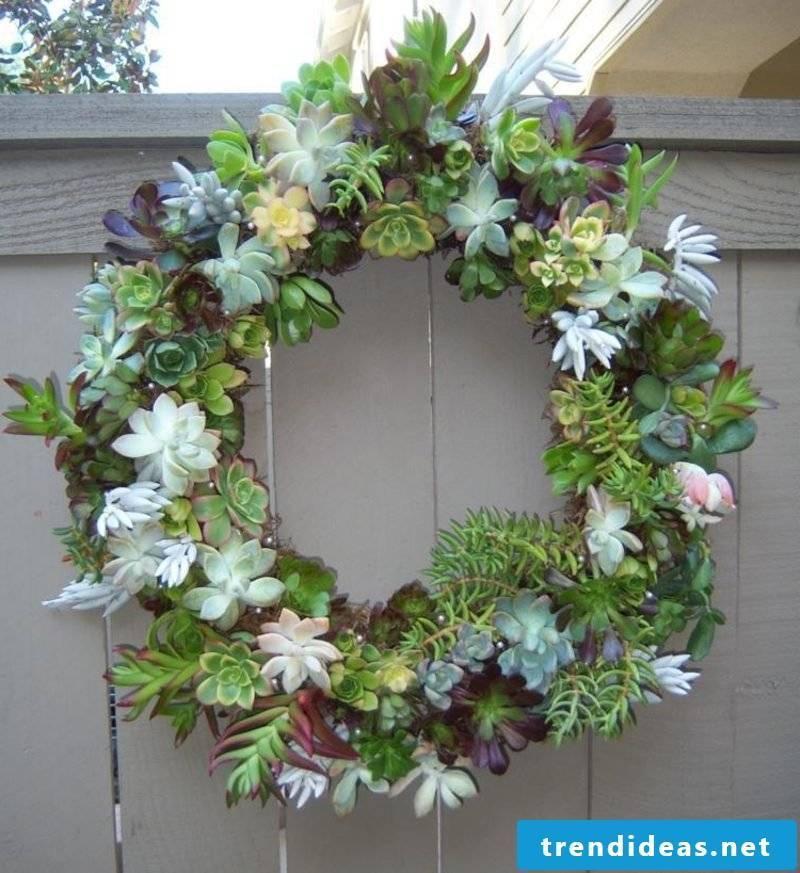 Spring tinker wreath