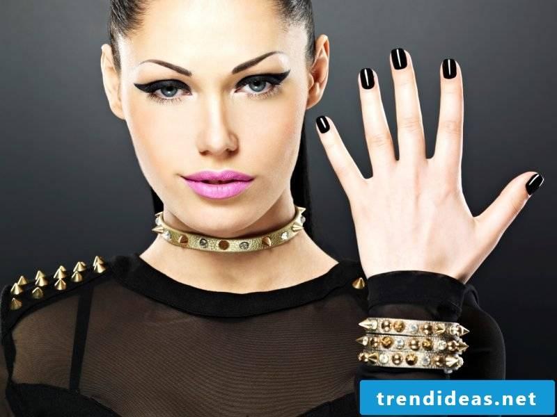 Nail art design black