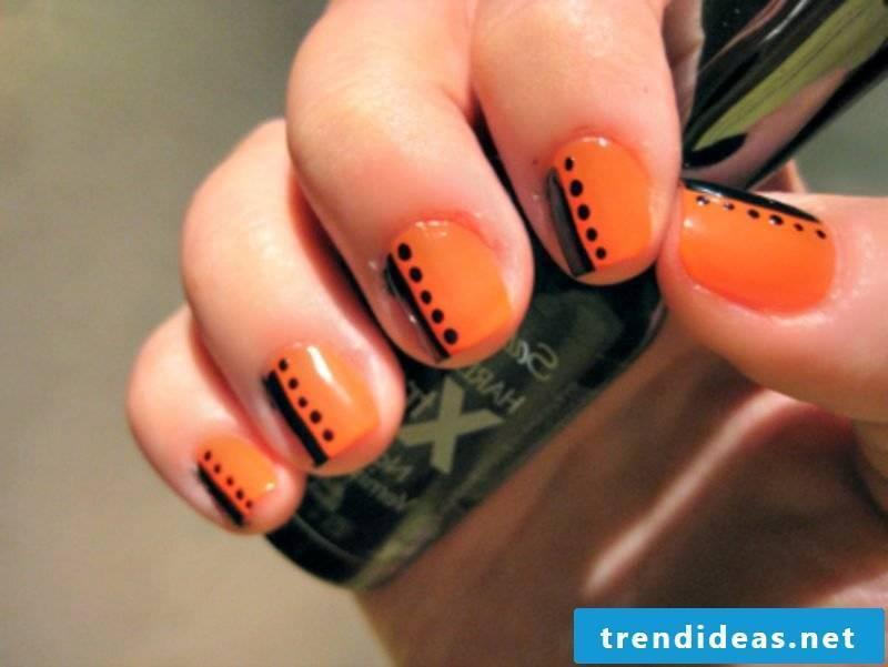 Nail art design black orange
