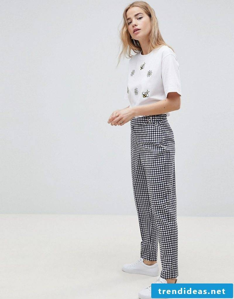 Give the old ladies summer pants the trendy look of the year