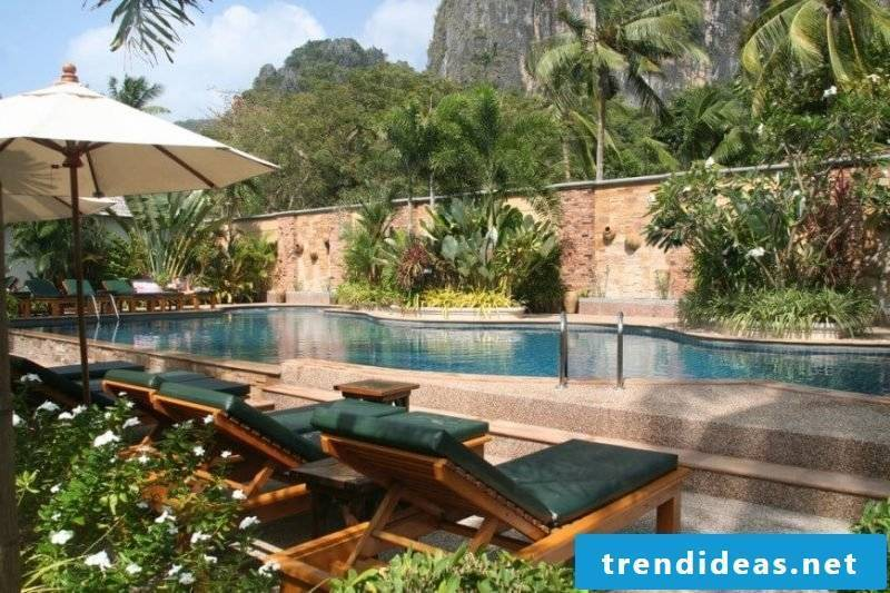 Swimming pool Oasis