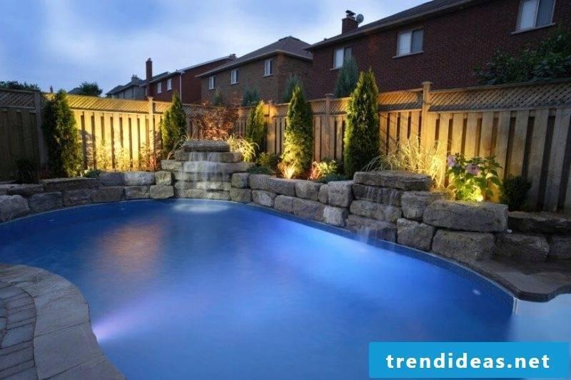 Swimming pool swimming pool