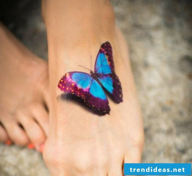 Tattoo Schmettreling foot top 3D effect shading realistic look