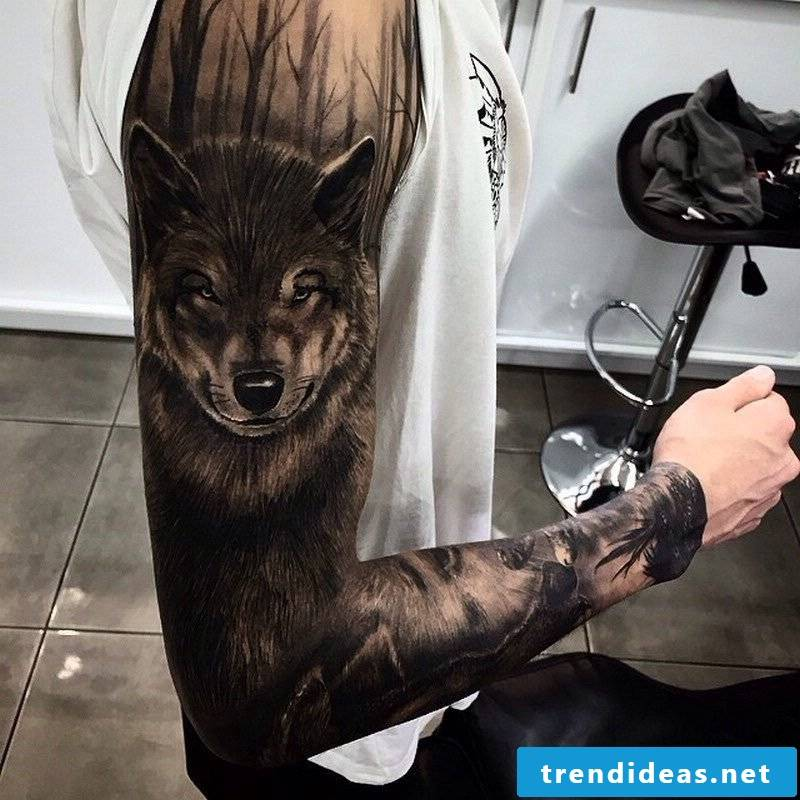 tattoo wolf tattoo motifs tattoos women tattoos men tattoo ideas small tattoos